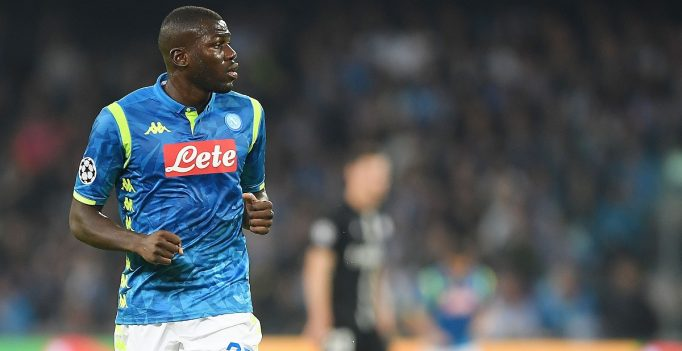 NAPLES, ITALY - NOVEMBER 06:  Kalidou Koulibaly of SSC Napoli in action during the Group C match of the UEFA Champions League between SSC Napoli and Paris Saint-Germain at Stadio San Paolo on November 6, 2018 in Naples, Italy.  (Photo by Francesco Pecoraro/Getty Images)